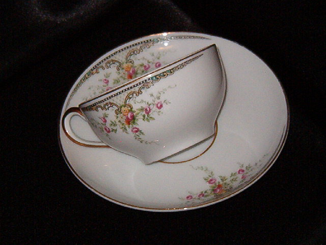 Paul Muller Albany Cup & Saucer