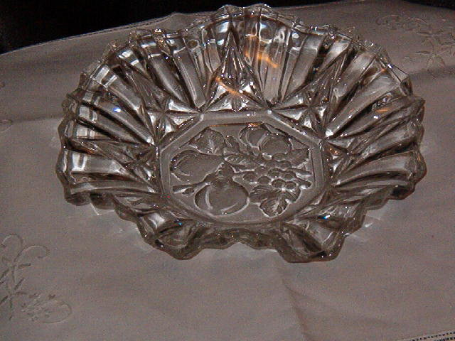 Federal Glass Pioneer Bowl