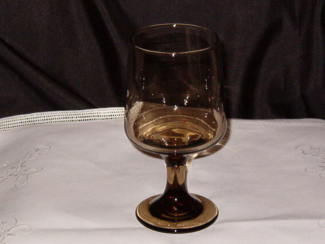Libbey Rock Sharpe Tawny Accent Goblet