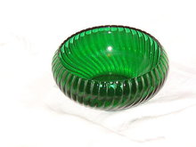 Anchor Hocking  Forest Green Cupped Bowl