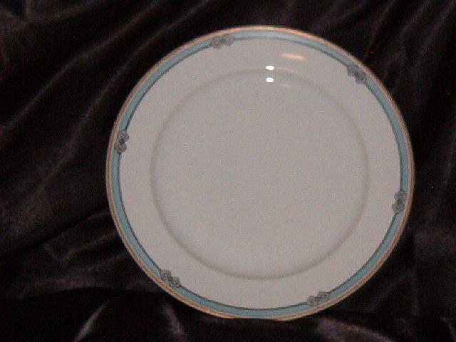 Meito Melbourne Dinner Plate