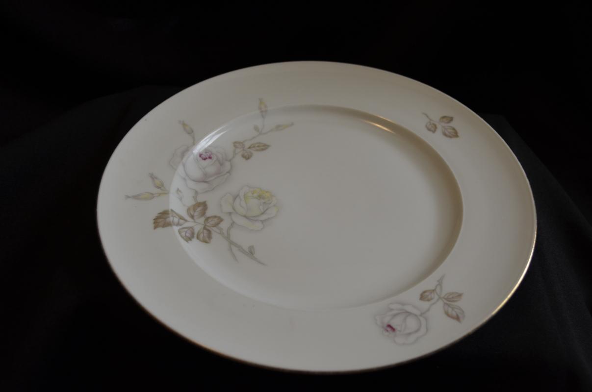 Johann Haviland Sweetheart Rose Dinner Plate