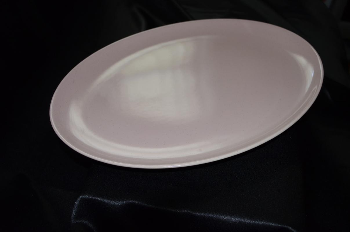 Taylor Smith Taylor Pebbleford Pink Oval Platter