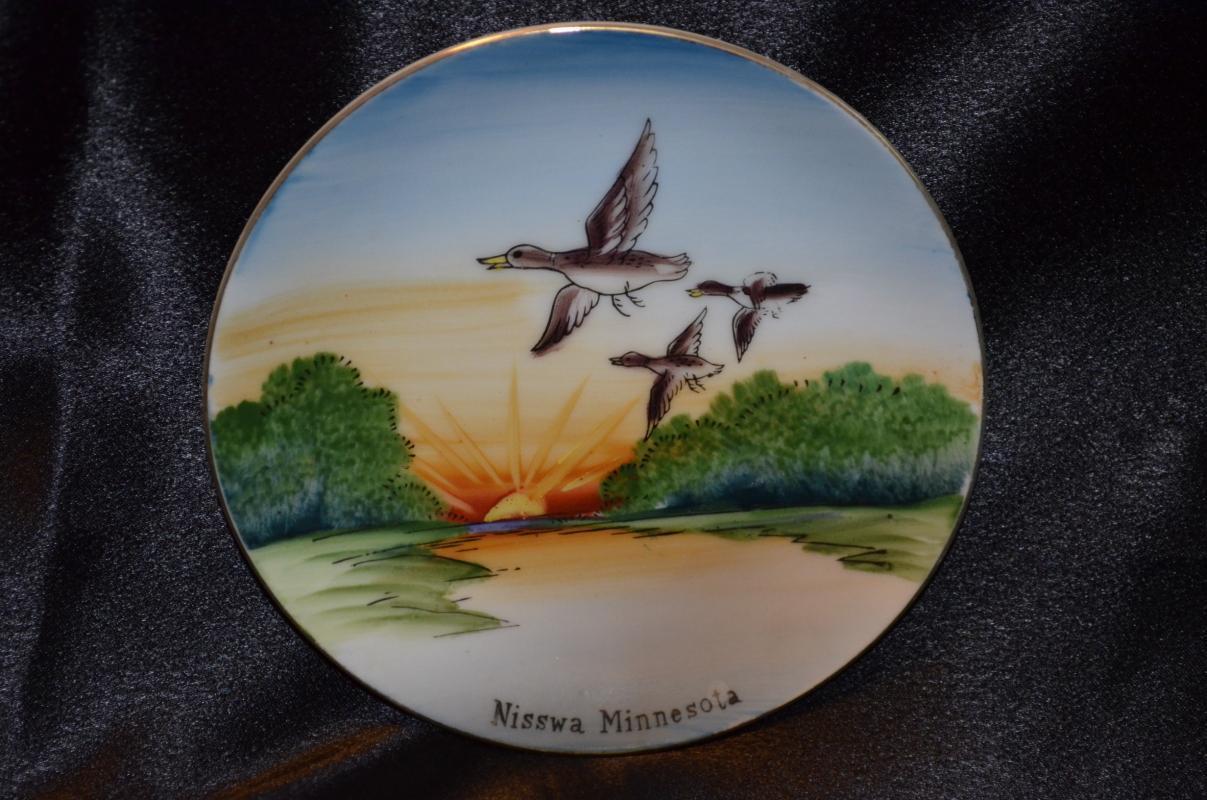 Souvenir Plate Nisswa Minnesota