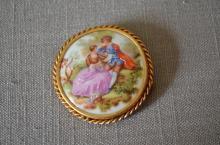 Vintage Limoges Porcelain Brooch Fragonard