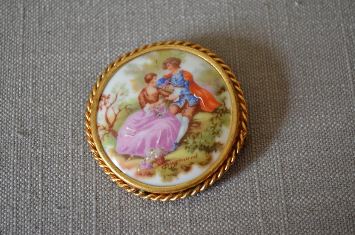 Vintage Limoges Porcelain Brooch Fragonard