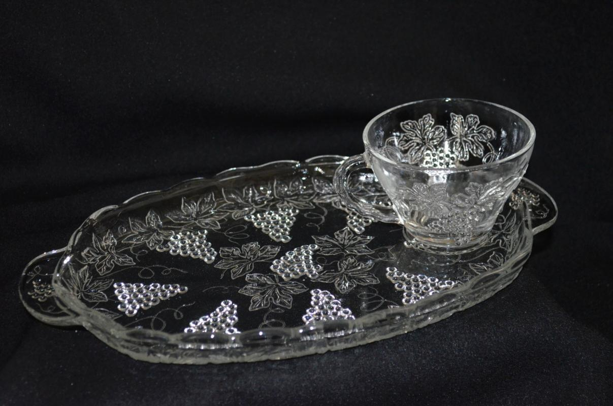 Anchor Hocking Vintage Clear Snack Set