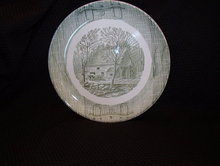 Royal (USA) Luncheon Plate