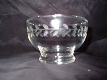 Anchor Hocking Laurel Fruit Dessert Bowl