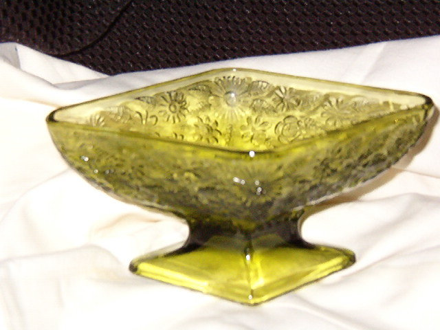Indiana Glass  Pineapple Floral Avocado  Compote