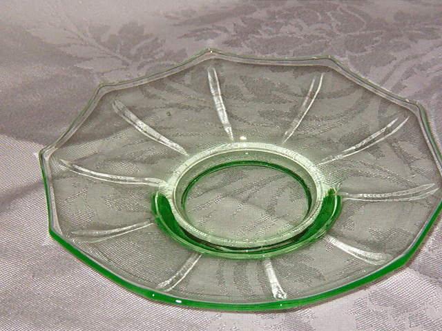 Cambridge Decagon Green Saucer
