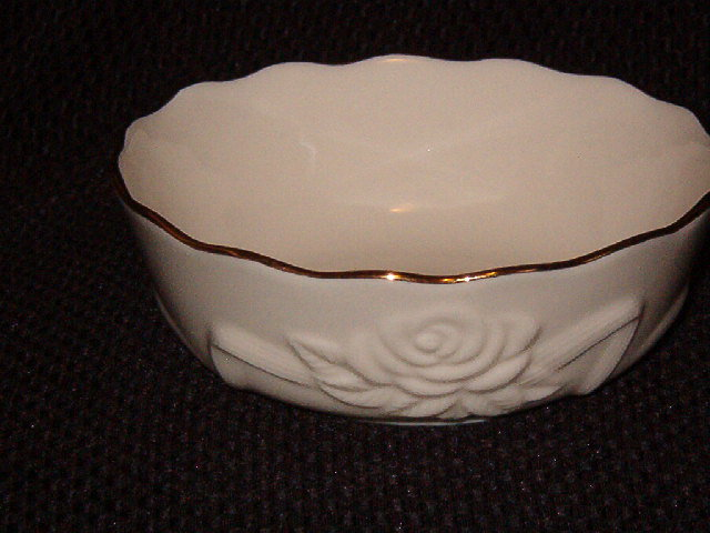 Lenox Rosebud Collection Cereal Bowl