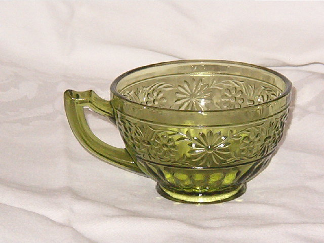Indiana Glass  Daisy Cup