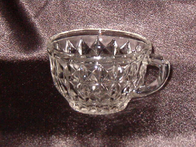 Jeannette Glass  Windsor  Cup