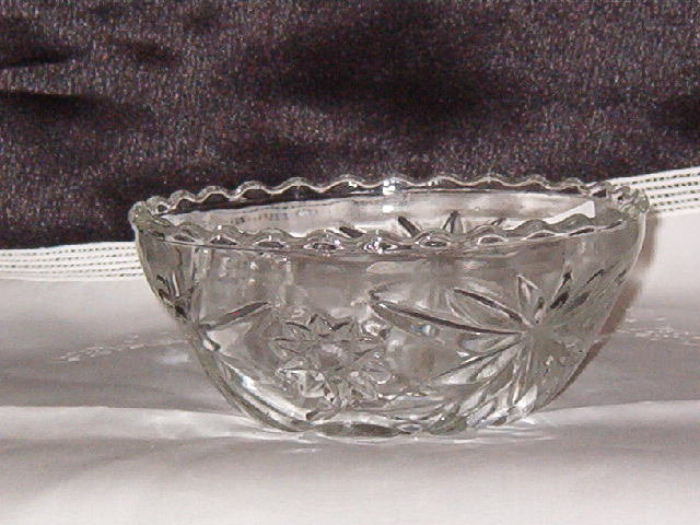 Anchor Hocking Early American Prescut Clear Bowl