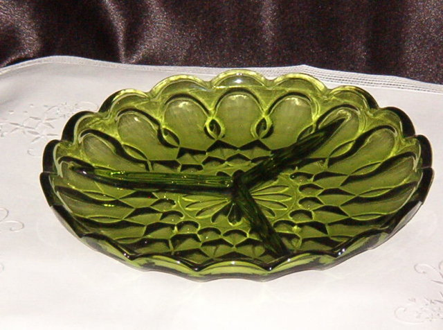 Anchor Hocking Fairfield Divided Relish Dish