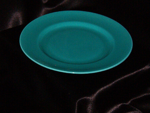 Metlox Popytrail Vernon 200 Satin Turquoise Luncheon Plate
