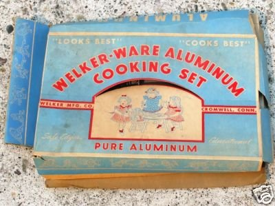 1950's Welker-ware Aluminum Cooking Set