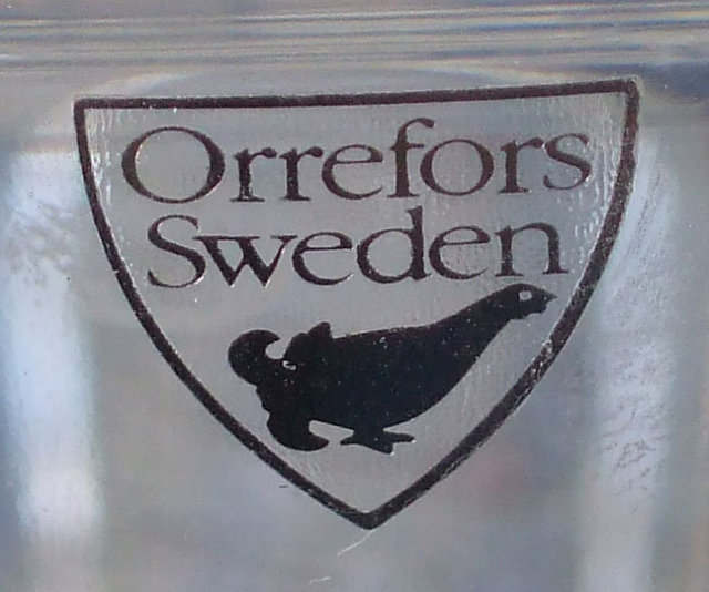 Orrefors Marin Vertical Cut Bowl #4775-12 signed