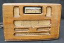 Vintag Wood Table Top Motorola Radio, Works Great tubes
