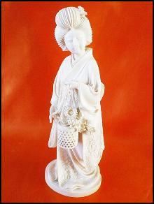 Antique Ivory Carving - Meiji - Tokyo School - Geisha with Flower Basket