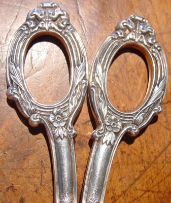 Sterling Chicken Tongs