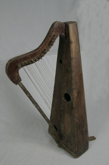 musical music string instrument Italian French