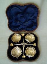 George Unite sterling silver salt set in case England c1864