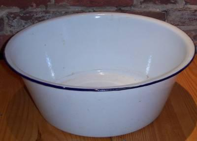 French Enamel Wash Basin