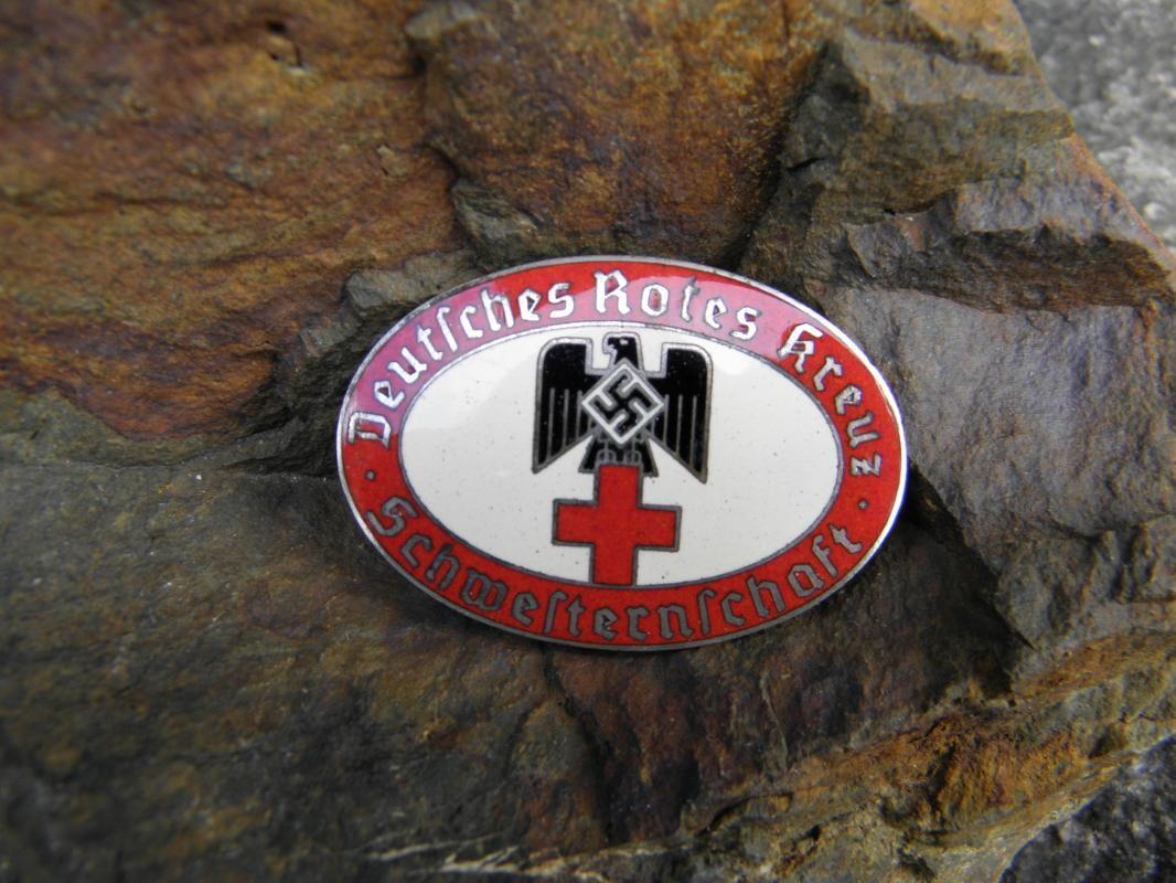 Vintage WWII German Nazi Red Cross Sisterhood Oval Red Badge - Floor Nurse