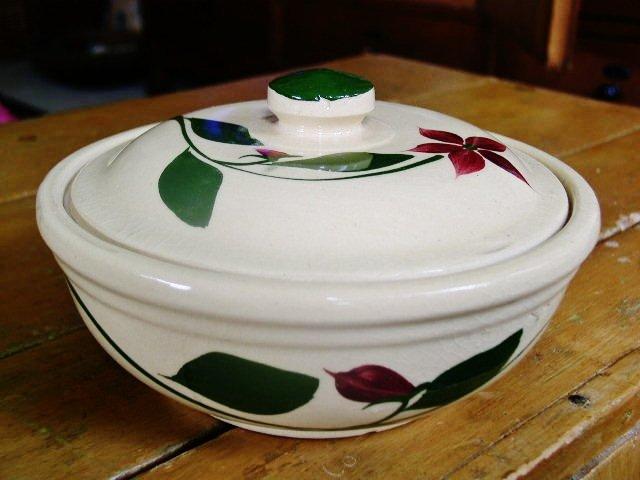 Wattsware Starflower Covered Bowl