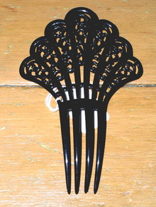 Black Haircomb