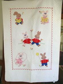 6 Little Bunnys Crib Quilt -  QLT
