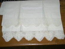 Lace Edged Pilowcases