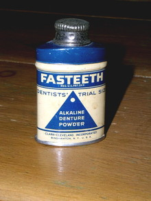 Fasteeth Powder Sample Tin