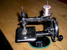 Singer Model 20 Child's Sewing Machine