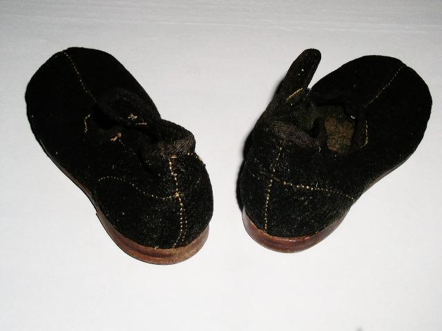 Child's Felt Shoes