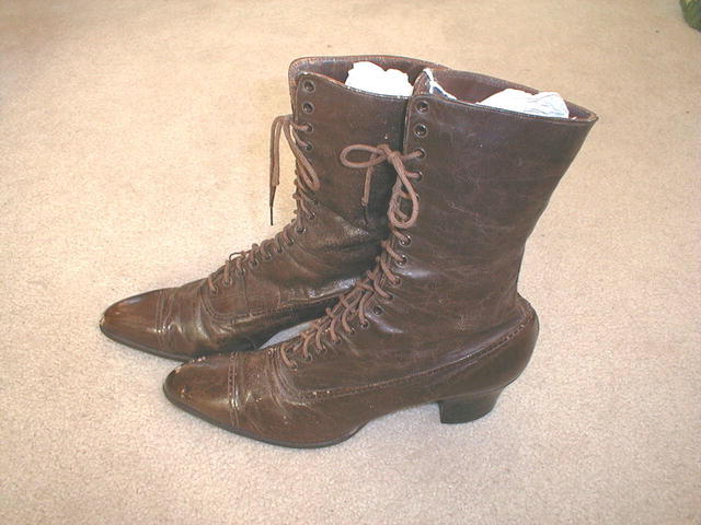 Victorian High Top Womens Shoes