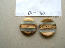 Buttons - Mother of Pearl & Wood