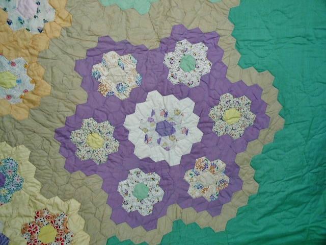 Grandmother's Flower Garden Quilt  -  QLT