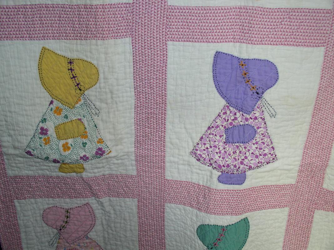 Sun Bonnet Crib Quilt - QLT