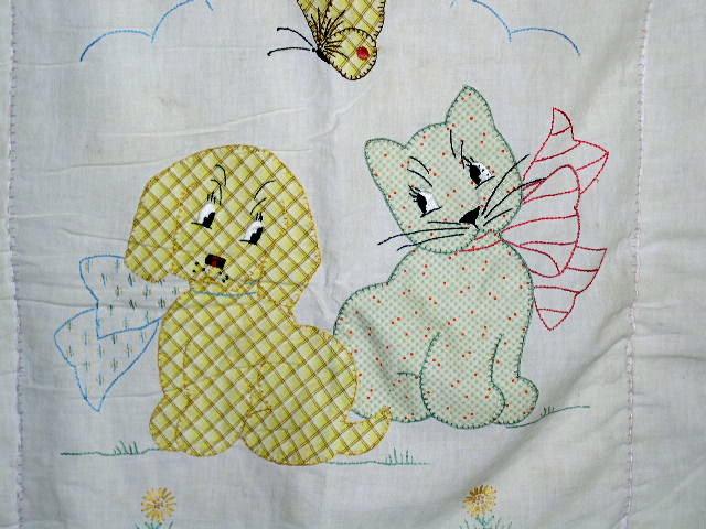 Dog and Cat Crib Quilt -  QLT