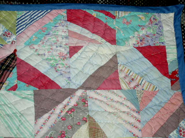 Strip Quilted Crib Quilt -  QLT