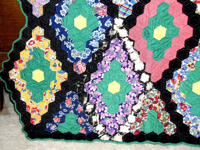 Grandmothers Flower Garden Quilt -  QLT