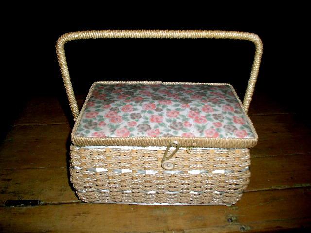 Dritz Wicker Sewing Box