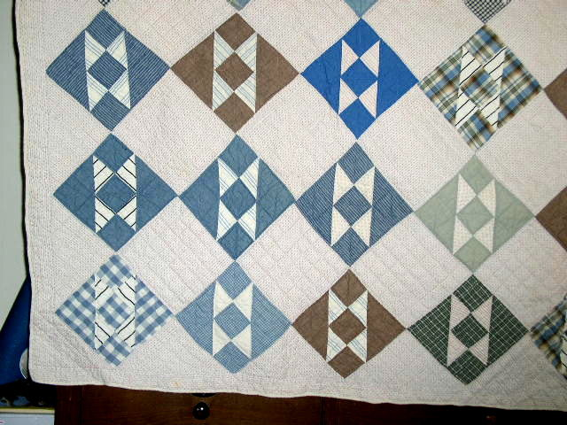 Bird in Flight Nine Patch Variation Quilt  -  QLT