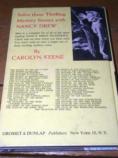 Nancy Drew - The Clue of the Dancing Puppet  Book