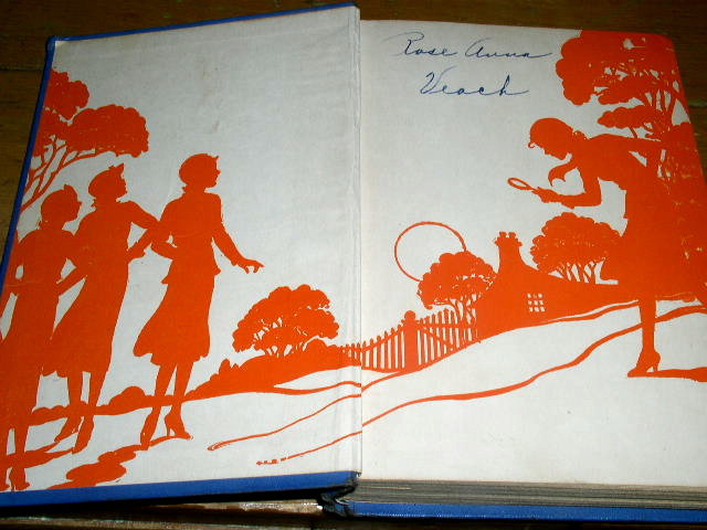 Nancy Drew - The Hidden Staircase  Book