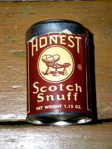 Honest Scotch Snuff Tin