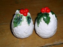 Lefton White Holly Salt & Pepper